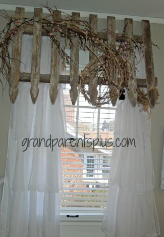 Picket Fence Valance #DIY #headboard #bedroom www.grandparentsplus.com  Great idea for a girl's bedroom. Got to find those old picket fences! Pin it for future!