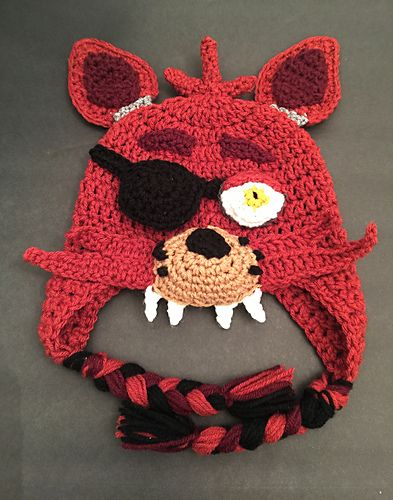 This is a crochet pattern for Five Nights at Freddy's Foxy hat with a movable eye patch pictured above.