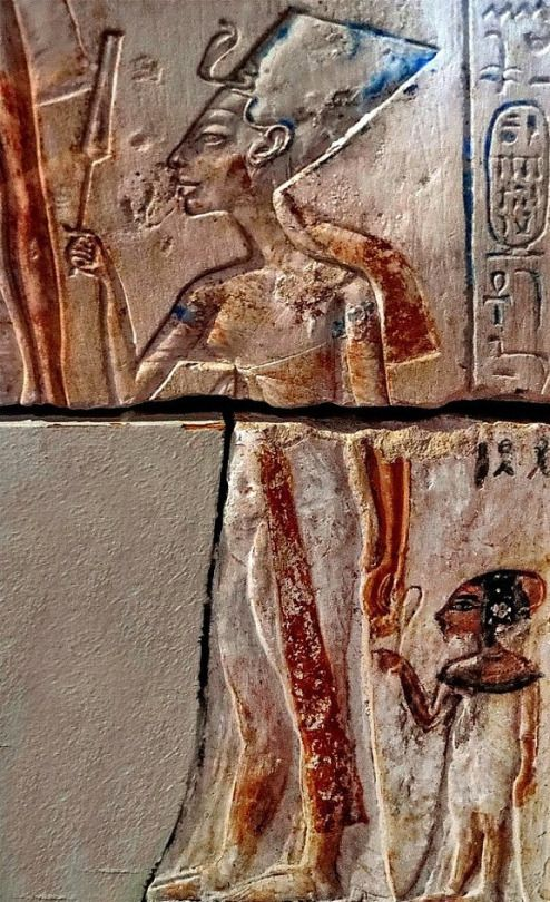 the great nefertiti Nefertiti was famous and was a queen ,but there was alot of thing she had to do she had a few accomplishments to make to become who she was.