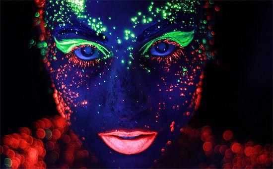 Neon: Vibrant Portraits by Hid Saib | Inspiration Grid | Design Inspiration
