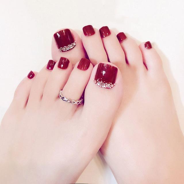 Summer Toe Nail Designs 2018 Nails Design With Rhinestones Cute Toe Nails Summer Toe Nails