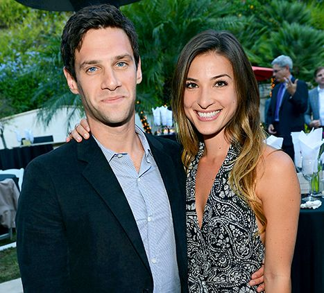 Justin Bartha and his wife Lia Smith welcome their first born into the world #JustinBartha #TheHangover