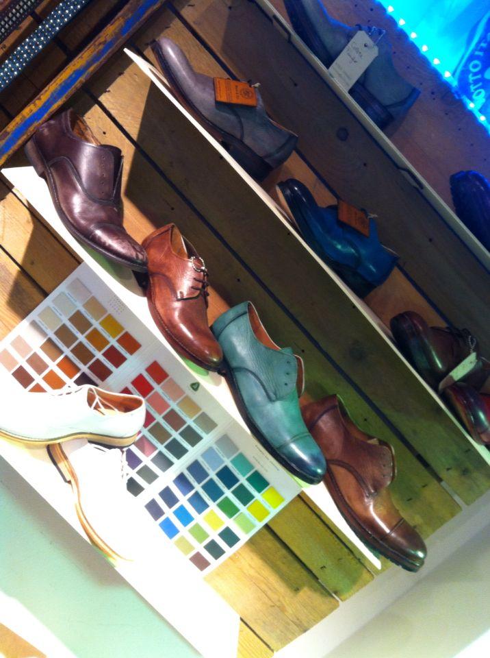 Scarpe in cuoio artigianali Made in Italy tinte a mano