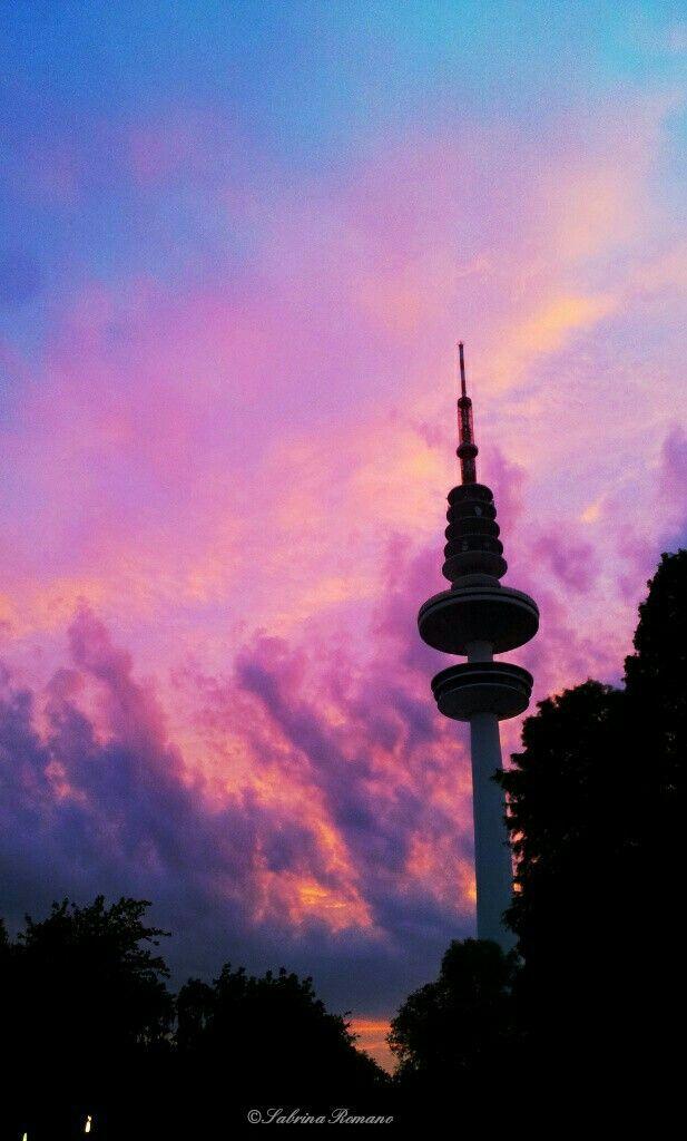 Heinrich-Hertz-Turm  https://www.instagram.com/bb.photo.art/