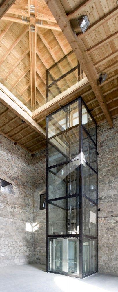 glazen lift, veel licht