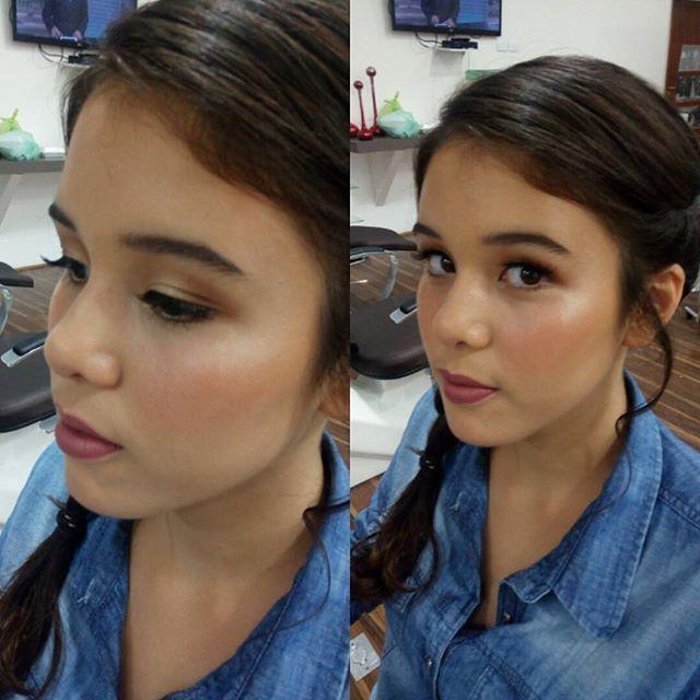 A linda formanda @carol.thiemy com olhos esfumados  #makeupbycamilacarrafa #smokeeyes #mac #nyx #lipstiknyx