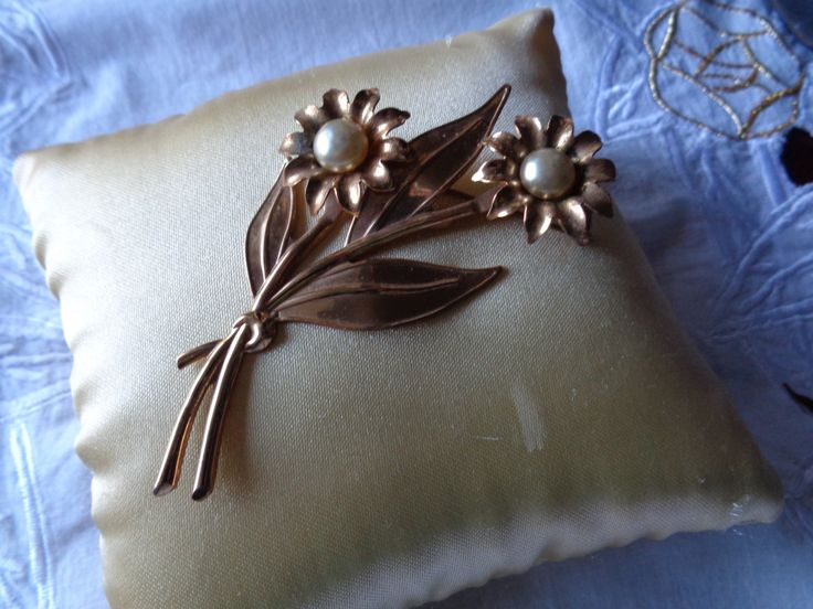 Vintage Coro Brooch - NOW ON SALE by AllYouCanVintage on Etsy
