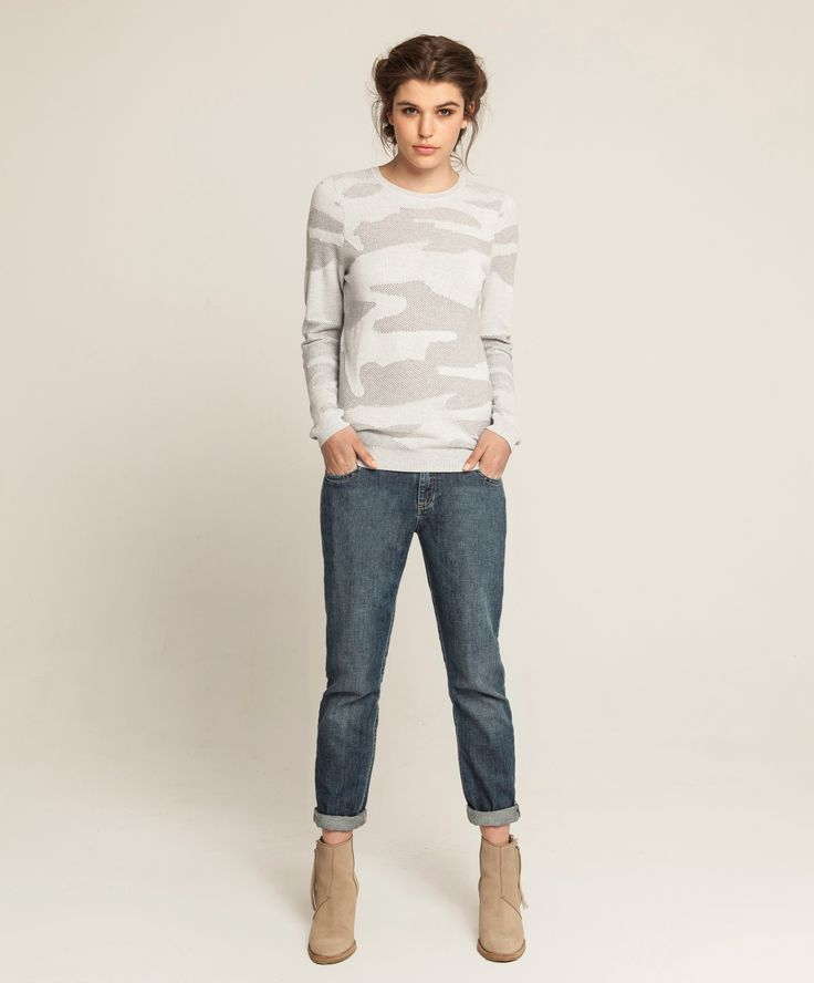 Cashmere Bamboo Camouflage Crew - Soft Grey/Off White, Girlfriend Jean - Soft Vintage Wash