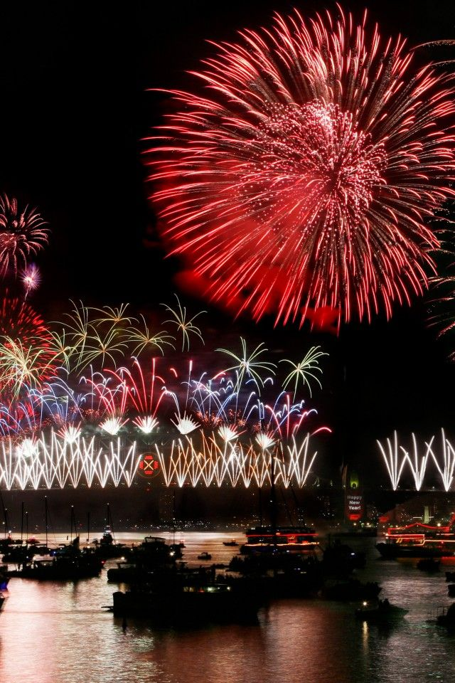 New Years Eve 2014 Sydney Australia I would have love to have seen that, it seems Australians can be very festive