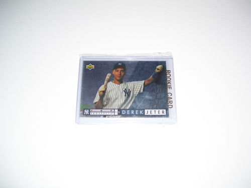 Very nice Derek Jeter rookie card.