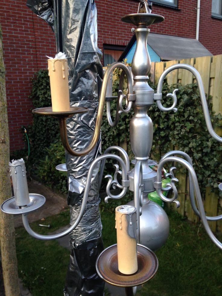 Pimp een oude kroonluchter #kroonluchter #chandelier #spuitlak www.SignedOnline.nl