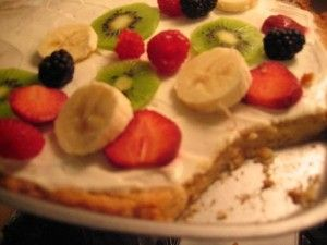 100% Whole Grain Healthy Fruit Pizza  :: via Kitchen Stewardship