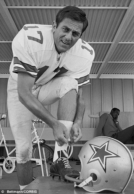 I wonder if Bob Lilly took this picture.Don Meredith - Dallas Cowboys quarterback