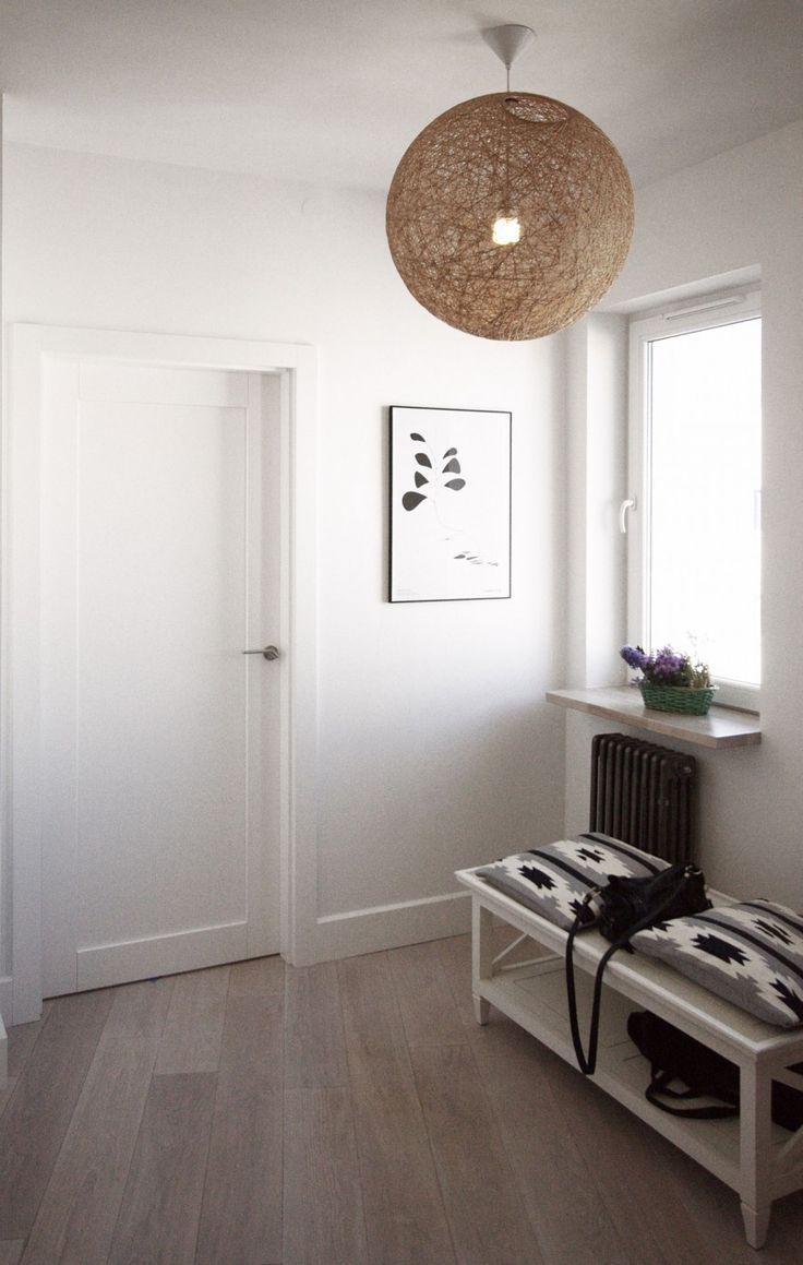 Интерьер прихожей в квартире в скандинавском стиле