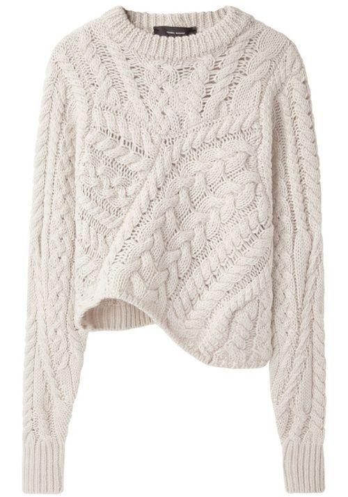 Assymmetrical knitwear
