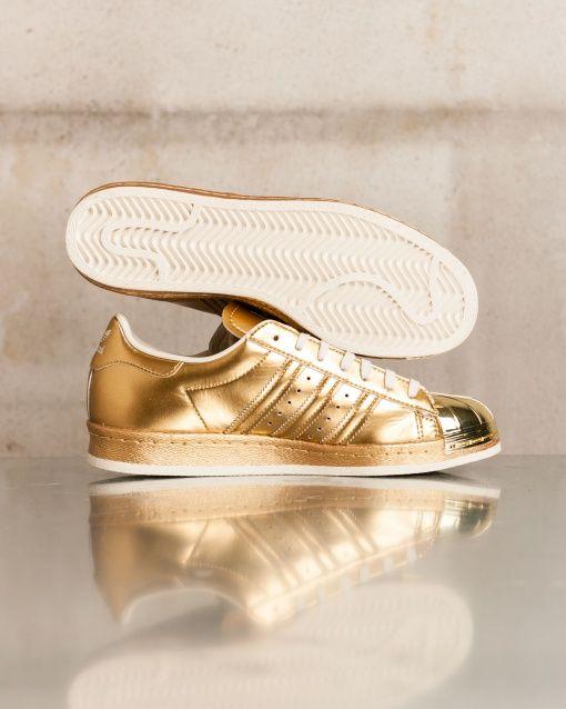 http://www.blueribbonlab.it/products/adidas-superstar-80s-metallic-pack-2179.aspx