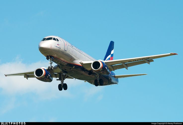 Photo of RA-89017 - Sukhoi Superjet 100-95B - Aeroflot