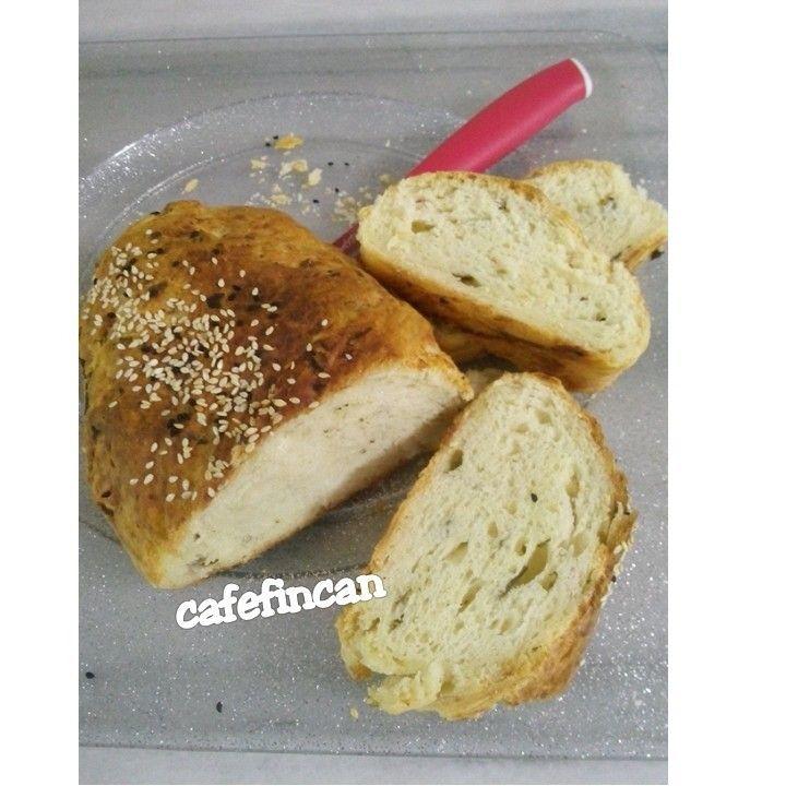 Peynirli maydanozlu ekmek