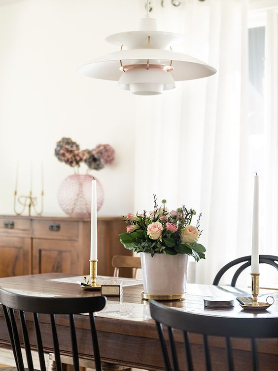 LOVE! My dining table, though in lighter wood, will be styled like this :)