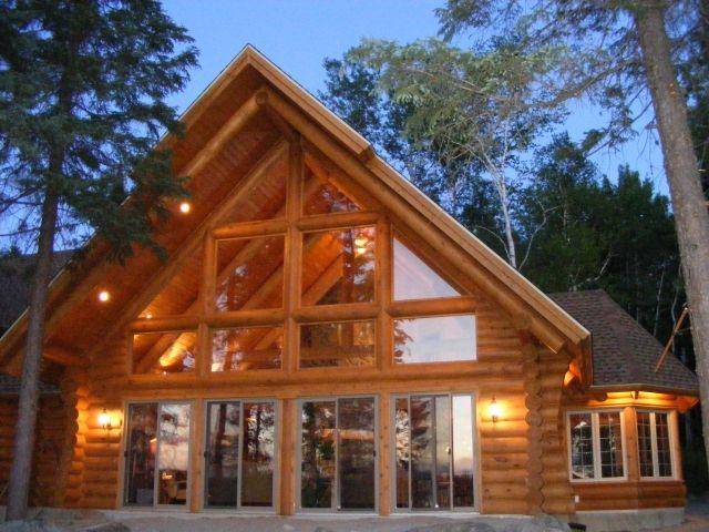 Kanada. Wunderschönes Blockhaus in Quebec