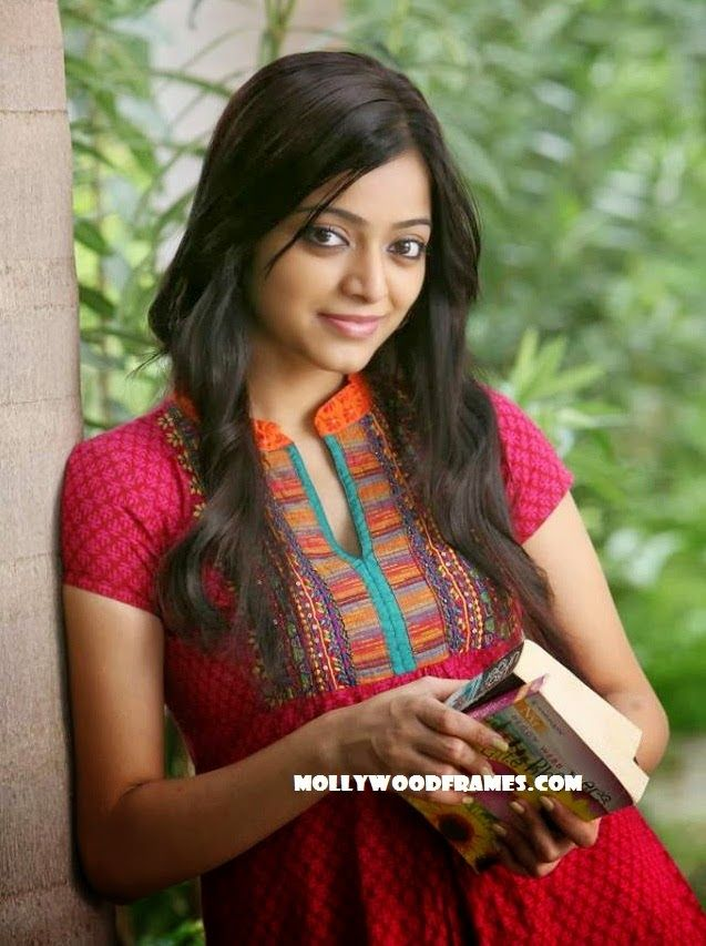 Mollywood Frames. | Malayalam cinema | Malayalam films: Janani Iyer is all excited to act with Nivin Pauly...