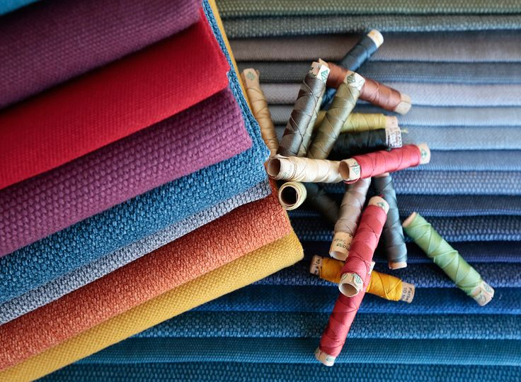 Natural fiber fabrics by www.guell-lamadrid.com | #colors #decor #fabrics #interiors #thread
