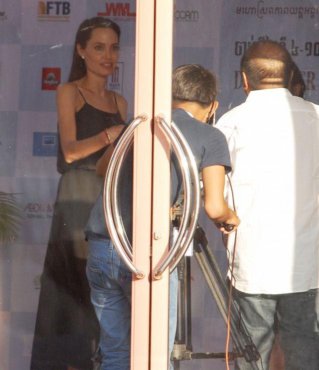 Angelina Jolie egyre rosszabb állapotban van - Súlyosbodott az anorexiája?