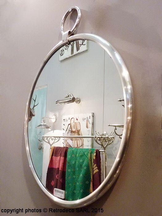 les 25 meilleures id es de la cat gorie miroir rond sur pinterest miroirs ronds apartment. Black Bedroom Furniture Sets. Home Design Ideas