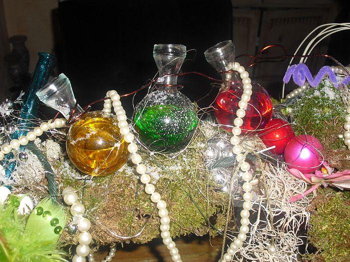 gekleurd water bij de kerstcreatie