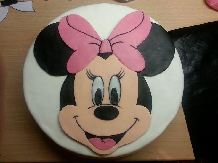 MINNIE CAKE BY PAU