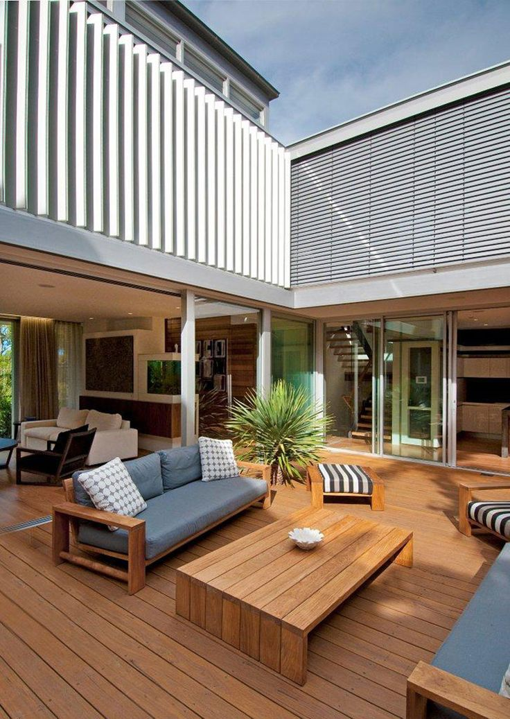 Installation of Louvreline vertical louvres & external venetian blinds | Vaucluse Residence 1 - Horizon Habitats