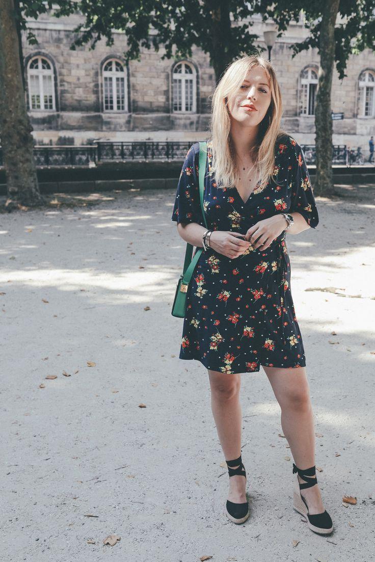 Zara dress Celine bag More and links : theoverview.fr