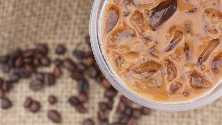Jääkahvi maistuu etenkin lämpimillä keleillä. Copyright: Shutterstock. Kuva: successo images.