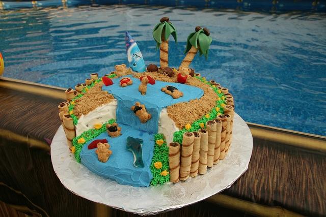 Cake Toppers Honolulu
