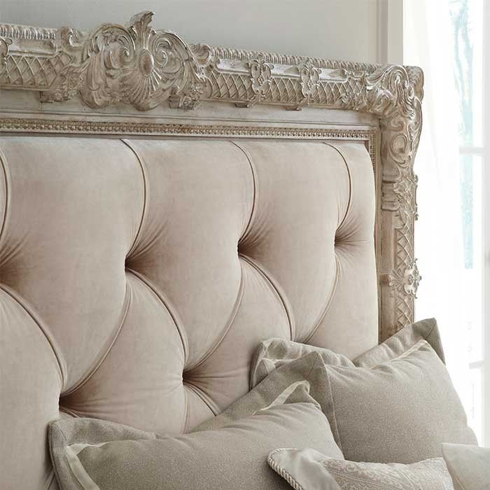 Parisian de Shabby Chic Bed
