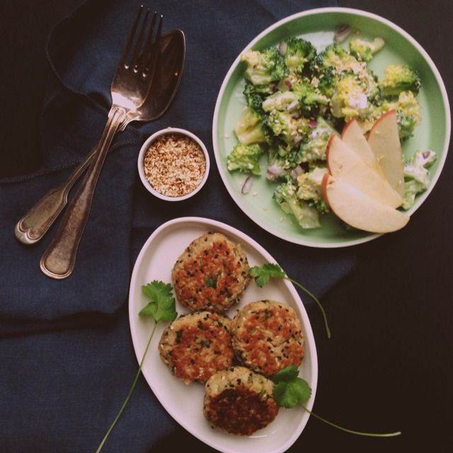 Hverdagsmad med frække twist: Tundeller & broccolisalat med sesam