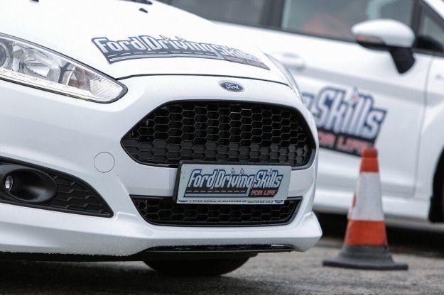 Rusza druga edycja Ford Driving Skill for Life #Ford #FordFDSL #FDSL @FordPolska https://www.moj-samochod.pl/Nowosci-motoryzacyjne/Rusza-druga-edycja-Ford-Driving-Skill-for-Life