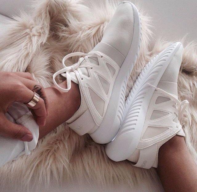My Adidas Tubular Viral @jyrbrn