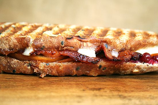 Bacon, Cheddar, and Pear Panini: Pear Panini, Lunch Ideas, Grilled Pear, Food Sandwiches, Grilled Cheese, Paninis