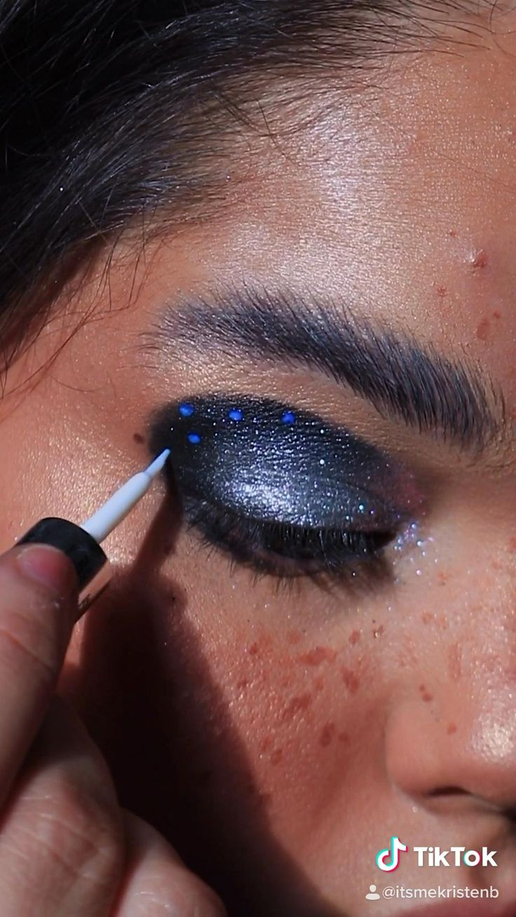 EUPHORIA Maddie [Video] in 2020 Eye makeup, Creative