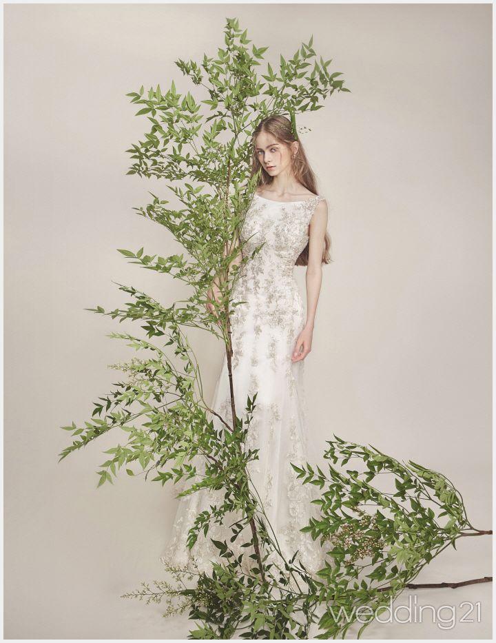 청초함과 우아함을 겸비한 아름다운 웨딩드레스, 메티에쿠튀르 1
