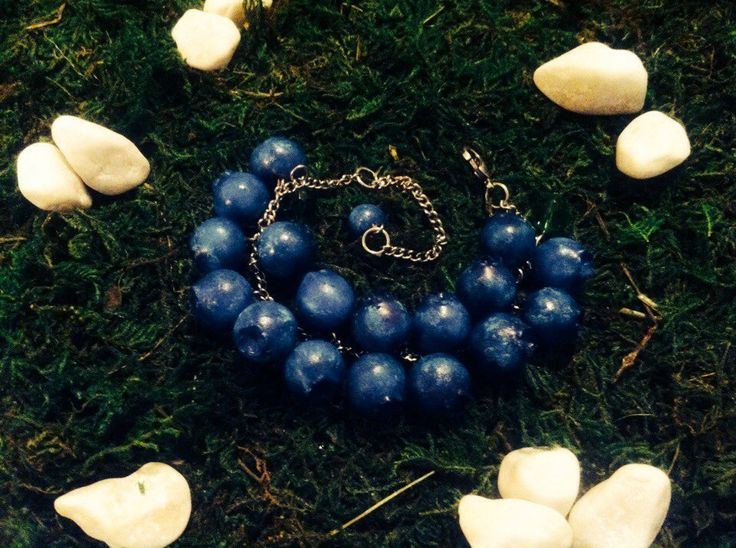 A lovely bracelet with blueberries ^-^ #polymer_clay #blueberries #handmade