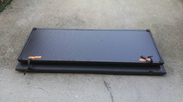Aluminum Truck bed Cover – auto parts – by owner