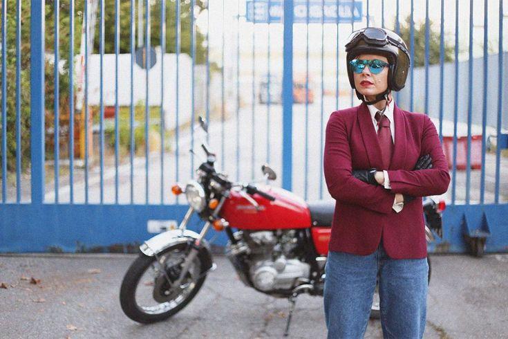 motorcycle oldHonda CB Four 400 tie