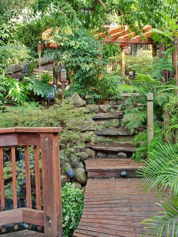 Gartengestaltung: Gardens Ideas, Secret Gardens, Outdoor Rooms, Tropical Design, Tropical Backyard, Small Spaces, Tropical Gardens, Backyard Retreat, Back Yard