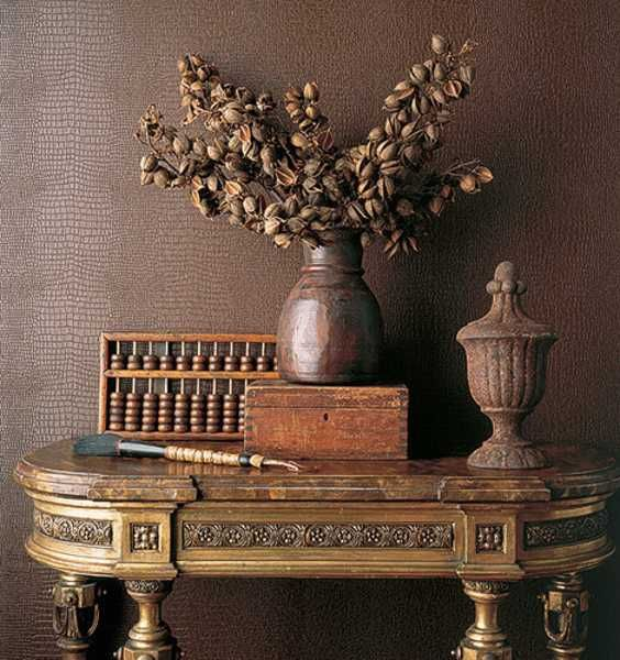 colonial style house decorating: Vintage Vignette, Decor Ideas, Interiors Design, Tables Display, Beautiful Brown, Chocolates Brown, Design Home, Wall Texture, Texture Wall