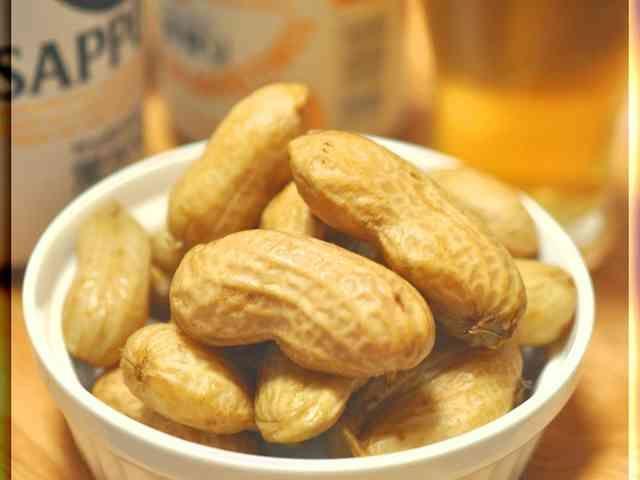 ☆ゆでピーナッツ★茹で落花生の画像