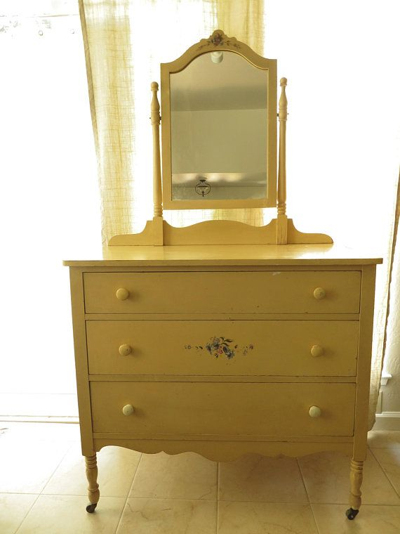 Mirror Yellow Solid Wood 3 Drawer Chest