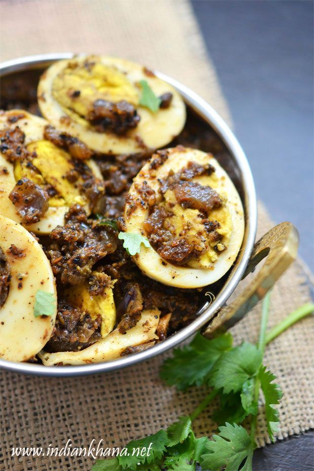 Egg Pepper Fry is spicy egg pepper masala in Chettinad style makes great side dish with pulao, rice sambar, rasam or dal or paratha.  Try this spicy, delicious, flavorful egg pepper roast
