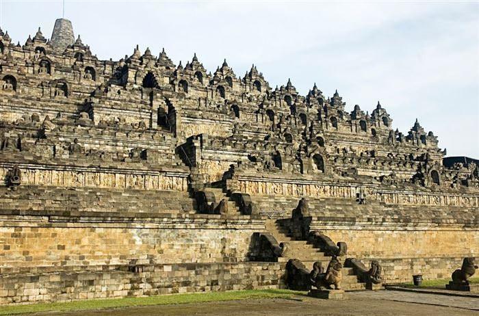ボロブドゥール遺跡 (インドネシア)